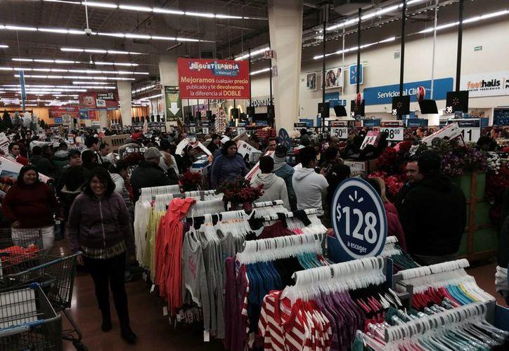 Entre las empresas que  causaron el mayor número de inconformidades entre los clientes durante El Buen Fin están Walmart, Soriana y Sears. (Archivo/Notimex)