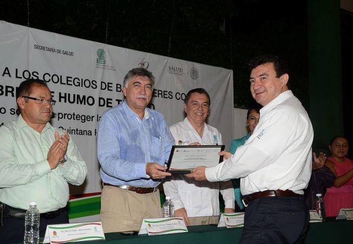 Promueven la certificación de los edificios de la institución como espacios libres del humo de tabaco. (Redacción/SIPSE)