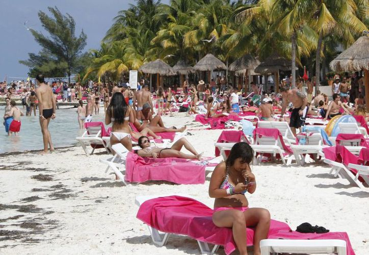 Cancún recibió más de cuatro millones de visitantes el año pasado. (Tomás Álvarez/SIPSE)