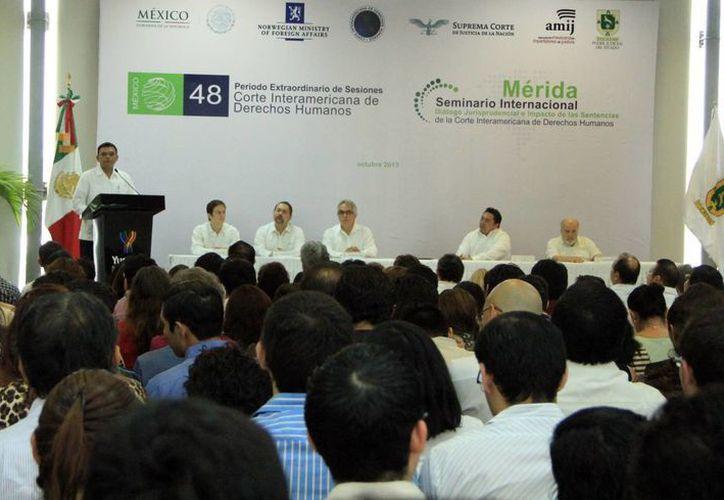 El Gobernador inauguró el seminario organizado por la CIDH y el Poder Judicial de Yucatán. (Milenio Novedades)