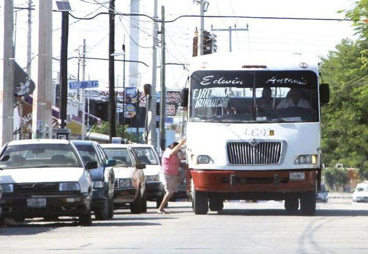 Los permisionarios afirman que los constantes aumentos de los combustibles les impactan. (Archivo/ Milenio Novedades)