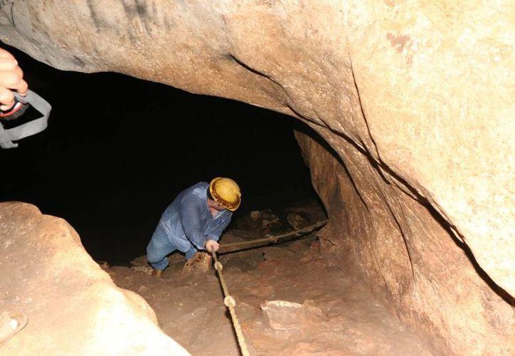 Las grutas de Tzabnah en Tecoh ofrecen una mágica travesía al interior de la tierra, al mismo tiempo puedes realizar actividades como buceo y snorkel en aguas cristalinas y frescas. (José Acosta/ Milenio Novedades)