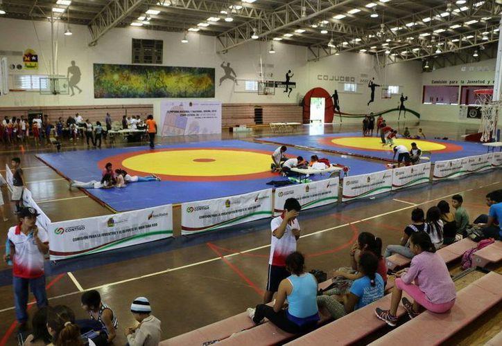 El evento inicia desde el día viernes con el pesaje para los atletas, y para el día sábado se llevará a cabo el protocolo de inauguración. (Redacción/SIPSE)
