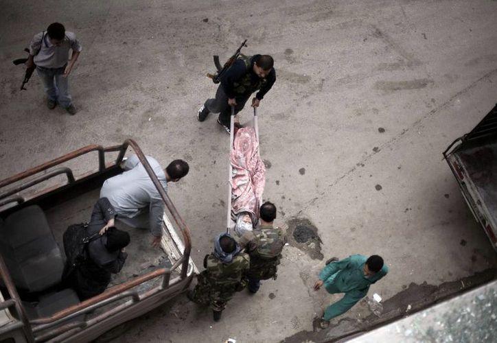 La guerra en Siria ha causado la muerte de cientos de miles de personas en los cuatro años que ha durado. (AP)