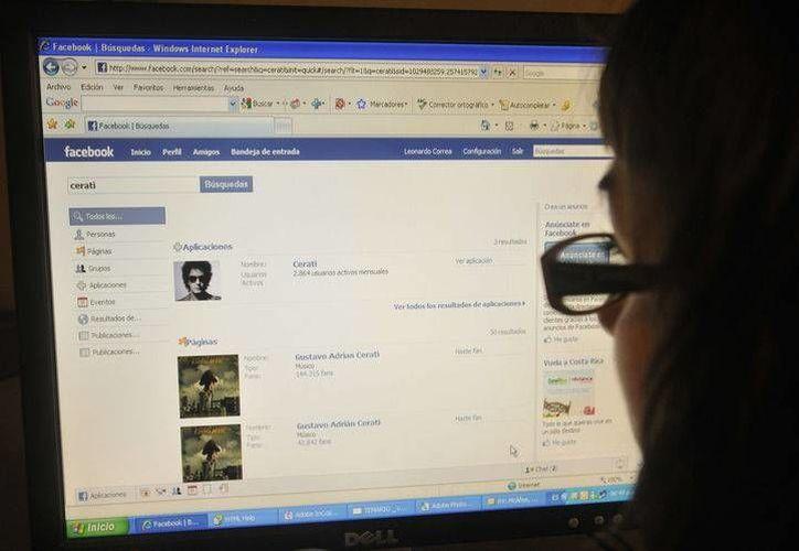 Facebook y Twitter son las redes más activas para ofender. (Foto de Contexto/zonales.clarin.com)