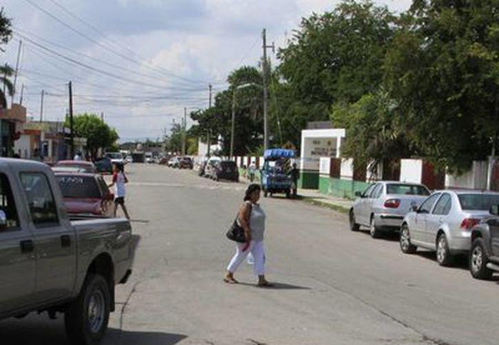 El Gobierno municipal invirtió 20 millones de pesos para la atención de bacheo y hundimientos. (Ángel Castilla/SIPSE)