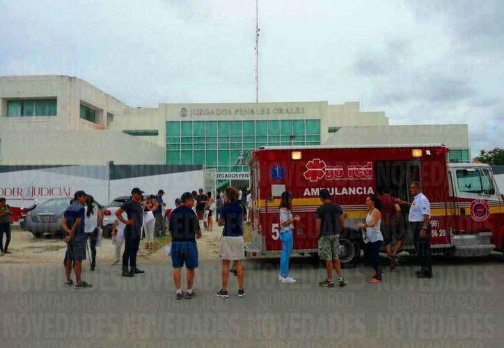 Los familiares y amigos de Roberto González realizaron una manifestación pacífica. (Daniel Pacheco/SIPSE)
