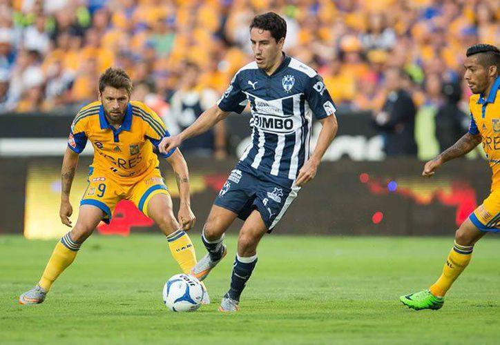 El encuentro se realizó en el Estadio Universitario, con un gol al minuto 8 y otro al 26. (Contexto/ Internet)