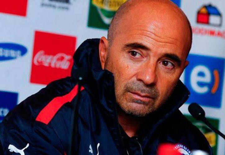 Jorge Sampaoli reveló que la Federación Mexicana de Futbol (Femexfut) ya le manifestó su interés por contratarlo. Chile no dice 'no', pero dice 'cuánto'... (radio.uchile.cl)