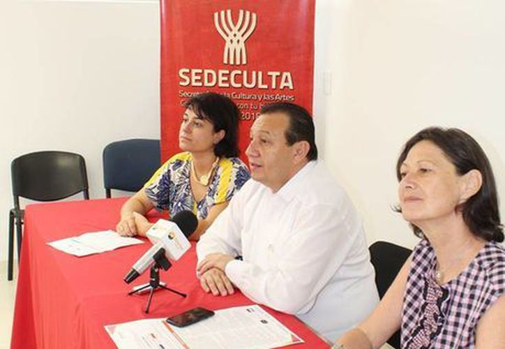 El titular de cultura, Roger Metri Duarte, dijo que el programa servirá para la retroalimentación cultural entre Francia y Yucatán. (Facebook/Cultura Yucatán)