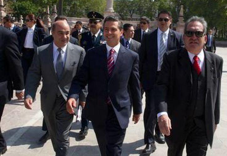 El presidente Enrique Peña Nieto se reunió este viernes con 29 gobernadores, pero el gran ausente fue el mandatario de Guerrero, Angel Aguirre. (presidencia.gob.mx)