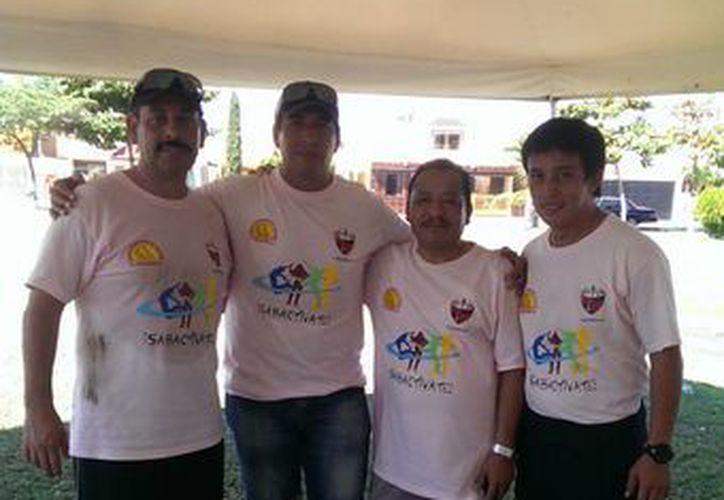 Organizadores del evento de activación física <i>Sabaactívate</i>. (Milenio Novedades)