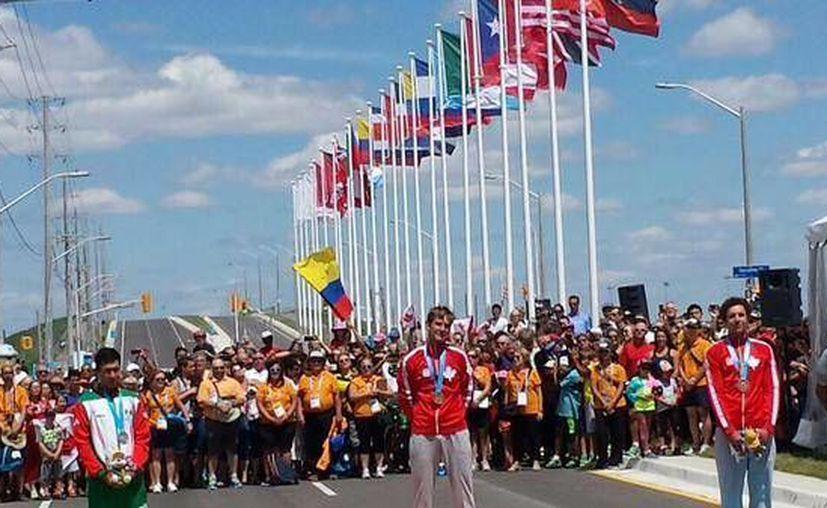 El ciclista mexicano Ignacio Prado ganó medalla de plata en la modalidad de contrarreloj, en los Panamericanos 2015. (Twitter: @CONADE)