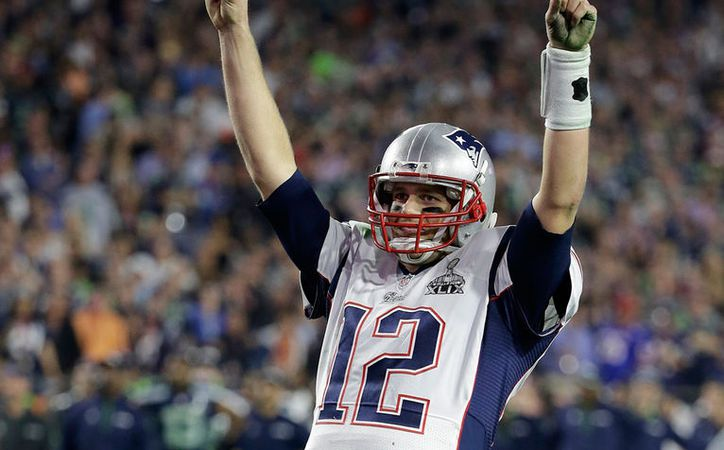 La ropa deportiva que Tom Brady (foto) usó en el último Super Bowl desapareció misteriosamente. Este lunes, el Houston, se anunció que el jersey fue encontrado en México. (Archivo/AP)