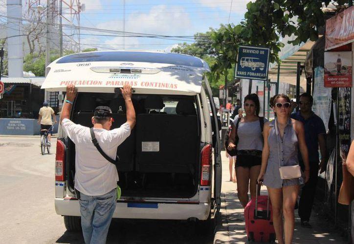 El boleto para viajar a Tulum en transporte colectivo sufrirá un aumento este año. (Octavio Martínez/SIPSE)