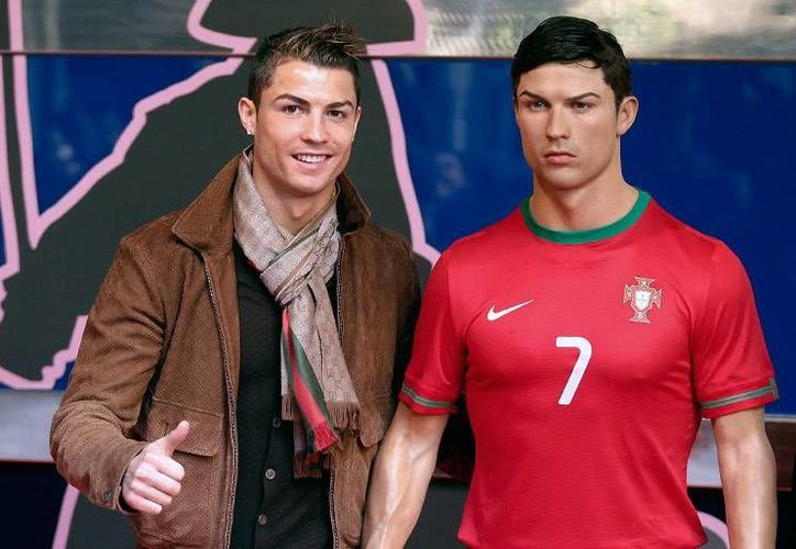 Cristiano Ronaldo ya no solo se ocupa en su imagen, sino en la que da su estatua de cera en Madrid. (realmadrid.com)