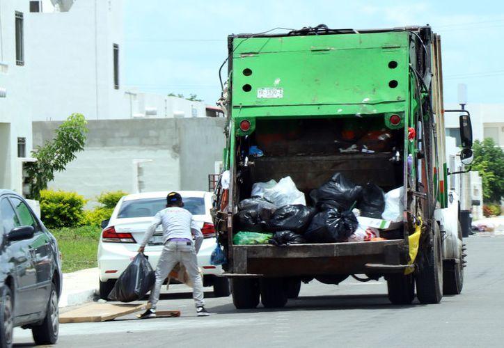 La división ordenada de la basura podría hacerse en breve. (Foto: Jorge Acosta/ Milenio Novedades)