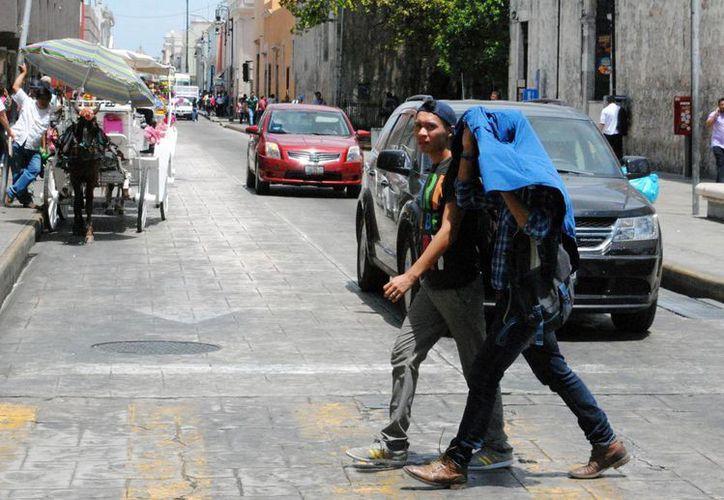 En 2015 se registraron en Yucatán dos casos de personas que sufrieron golpe de calor por las altas temperaturas. En 2016 aún no hay registro de casos de ese tipo. (Milenio Novedades)