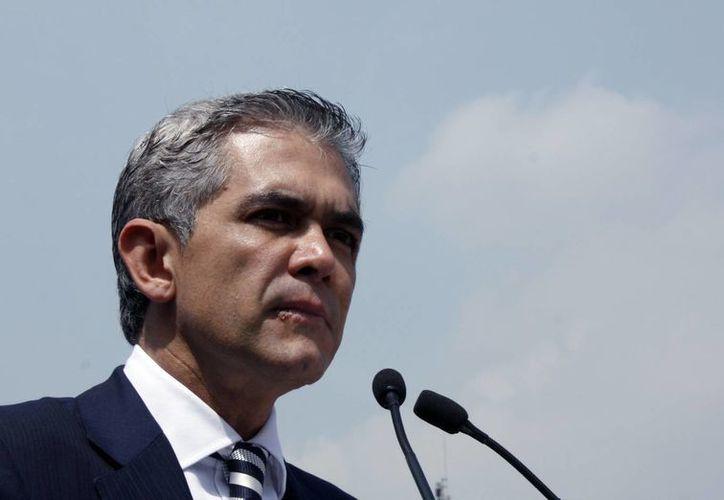 Miguel Mancera recibió 14 solicitudes de licencia de los jefes delegacionales perredistas de la Ciudad de México. (Archivo/Notimex)