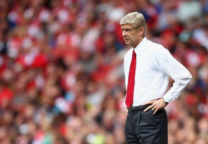 Arsene Wenger, quien ha sido técnico del Arsenal desde hace 20 años. (standard.co.uk)