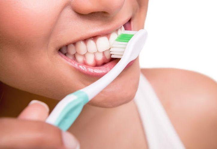 El odontólogo será el encargado de indicar el tratamiento para controlar la afección. (Contexto/Internet)