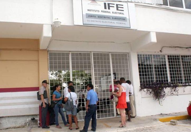 Recientemente se dieron de baja a más del mil yucatecos registrados con domicilios falsos en Quintana Roo. (SIPSE)