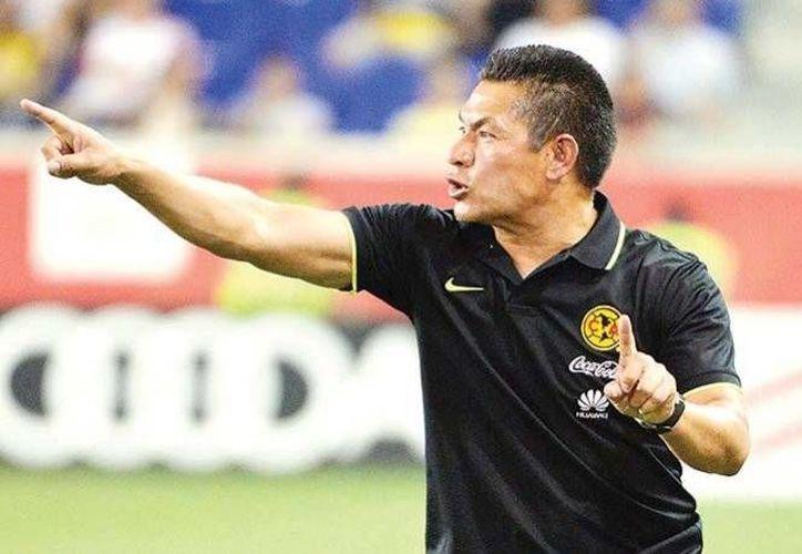 Ambriz fue duramente criticado tras perder el Clásico Nacional, por goleada ante las Chivas de Guadalajara.(Notimex)