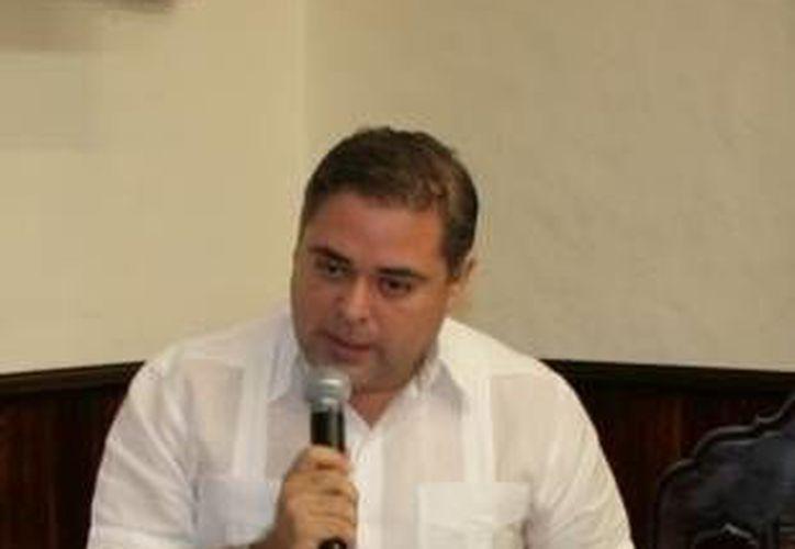 Alfaro Manzanilla: ya se pidió dialogar con los directores de todas las áreas involucradas en el empréstito. (SIPSE)