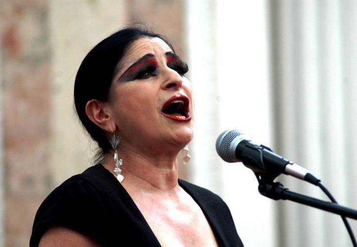"""La cantante quintanarroense  será la madrina de  la obra teatral """"¡Qui'ubo carnal!"""" que se estrena en Cancún este fin de semana. (Redacción/SIPSE)"""