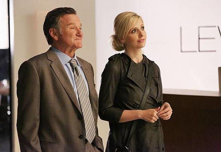 Robin William compartía créditos con Sarah Michelle Gellar en la serie The Crazy Ones. (digitalspy.co.uk)