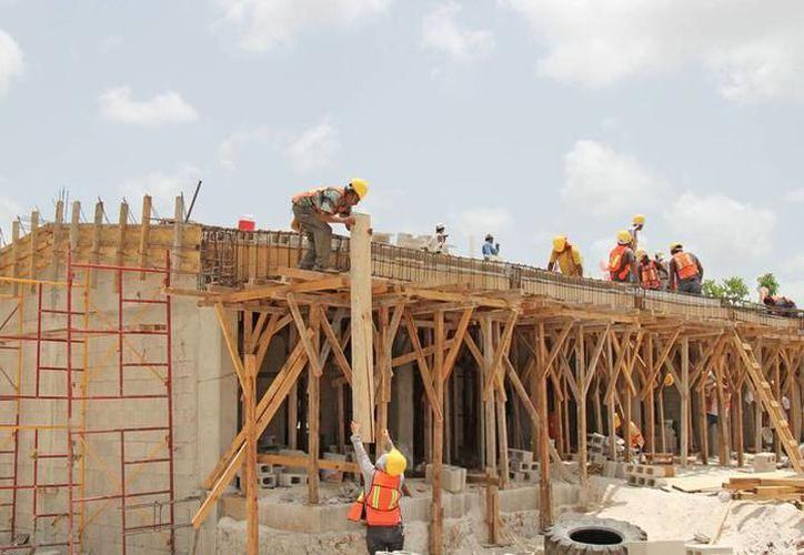 Se construirán más planteles de preescolar, primarias, secundarias y bachilleratos. (Redacción/SIPSE)