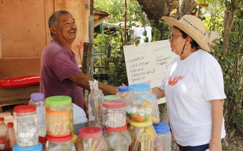 Rita Pallares considera que no debe lastimarse más a los comerciantes, y por el contrario, se les debe buscar esquemas para fortalecerlos. (Cortesía)