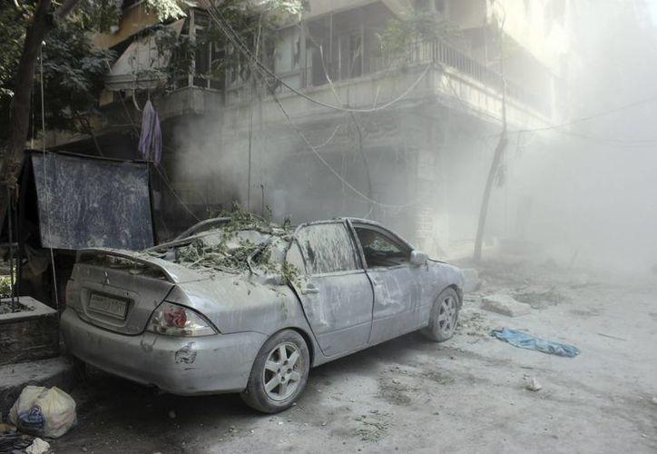 La ciudad de Alepo ha sido víctima de bombardeos y de lanzamientos de cohetes, dejando decenas de muertos. Esto ha causado tensiones entre Rusia y Estados Unidos. (EFE)