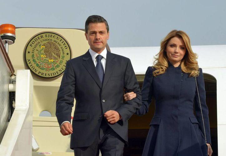 La pareja presidencial será recibida en Arabia Saudita por la diplomacia mexicana y representantes de la monarquía saudí. (Archivo/Notimex)