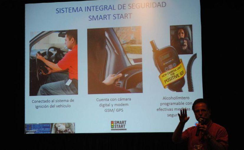 El sistema integral de seguridad fue presentado. (Eric Galindo/SIPSE)