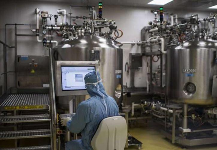 Laboratorios Sanofi Pasteur Francia ha desarrollado una vacuna contra el dengue, la cual se probará en Yucatán. (Agencias)