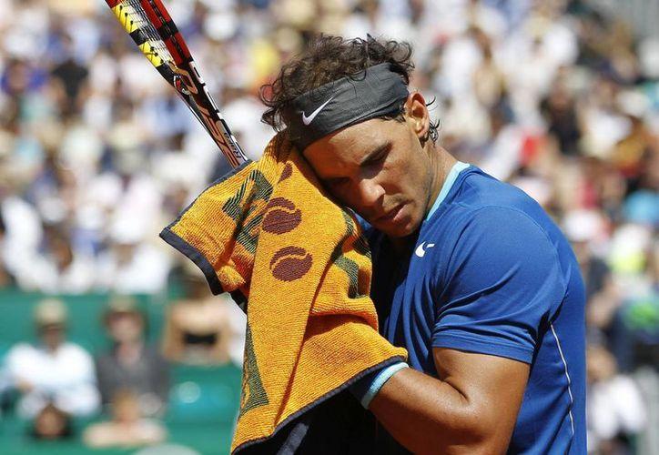 Nadal eliminó 6-1, 6-3 al italiano Andreas Seppi y ahora chocará contra su compatriota David Ferrer. (EFE)