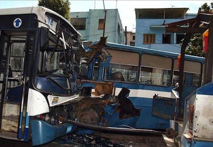 De enero a agosto pasado, Cuba registró en total siete mil 511 accidentes de tránsito. (kubafotos.com)