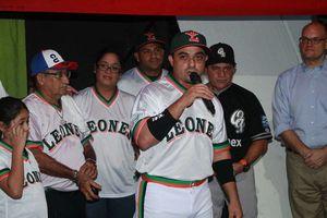 Leones retiran el número de Oswaldo Morejón
