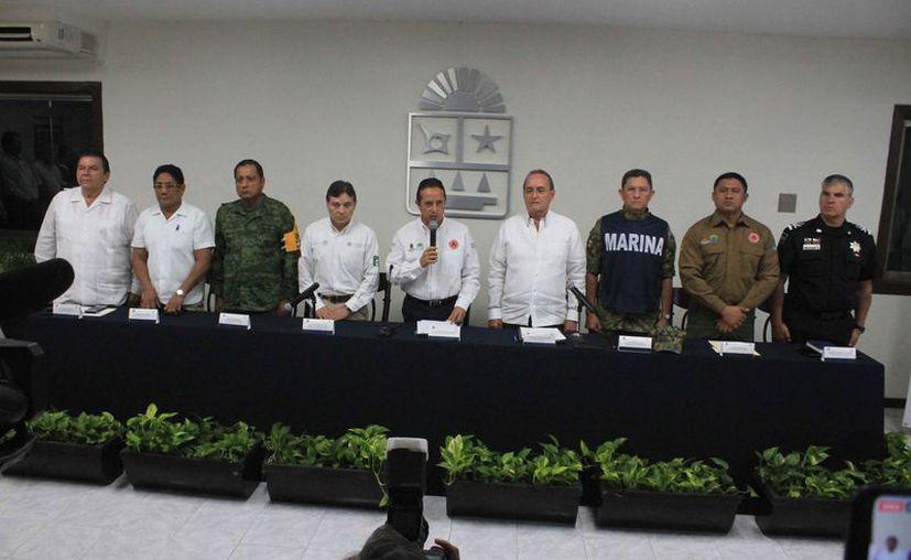 La sesión del Consejo Estatal de Protección Civil fue presidido por el gobernador del estado. (Daniel Tejada/SIPSE)