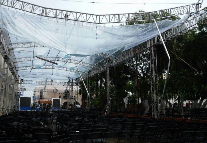 En caso de no arreglarse el toldo, el evento se trasladará al Olimpo. (Cecilia Ricárdez/SIPSE)