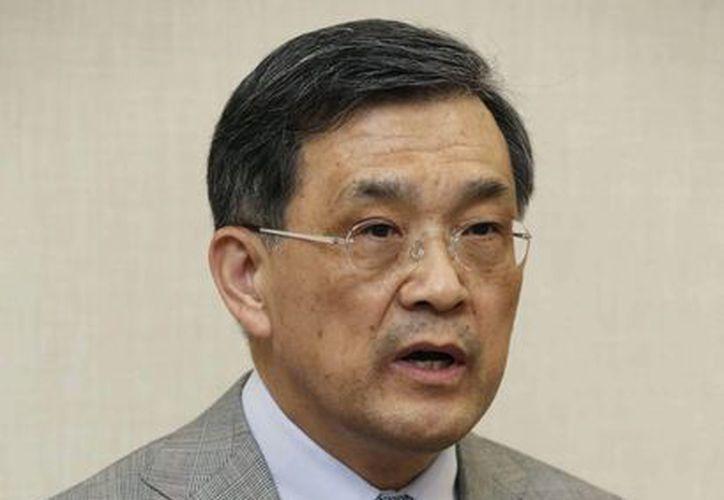 El vicepresidente de Samsung Kwon Oh-hyun habla durante una conferencia de prensa en Seúl, Corea del Sur. (Agencias)