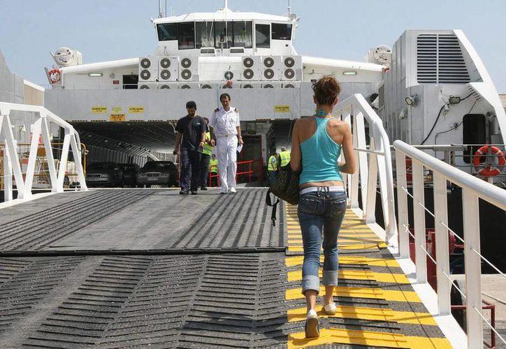 En la década de los años 90 se puso en marcha la ruta del ferry entre Cartagena y Colón, pero no obtuvieron el éxito esperado. (EFE)