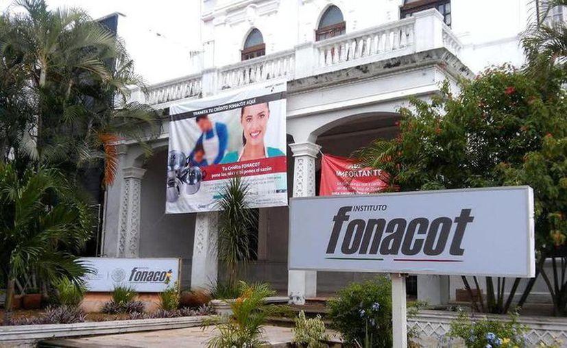 En Yucatán los requisitos para acceder a este préstamo es que los trabajadores cumplan con un año de antigüedad. (Archivo/Sipse)
