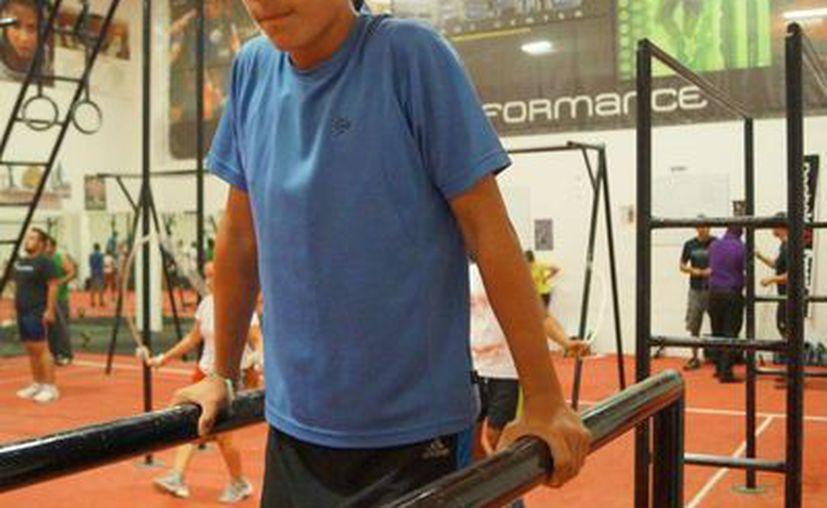 Fernando Dzib Flota se prepara para el campeonato. (Ángel Mazariego/SIPSE)