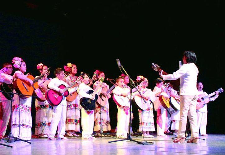El disco 'A Yucatán' compila las emblemáticas canciones de la trova tradicional yucateca.(Milenio Novedades)