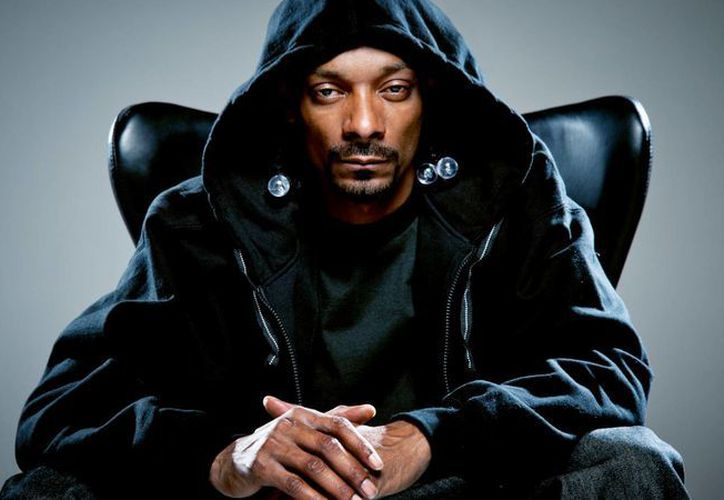 El rapero Snoop Dogg fue arrestado en Italia, donde le decomisaron miles de dólares por no haberlos declarado. (eleanorigby.com)