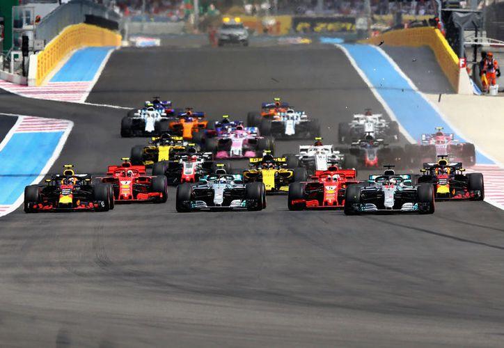 La última vez que el piloto mexicano tuvo que retirarse de una carrera, fue el año pasado, en Bélgica. (Internet)