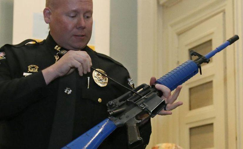 En 2016 fue cuando los candidatos republicanos al Congreso prometieron revocar las estrictas medidas sobre la venta de armas impuestas por el entonces presidente Barack Obama. (AP/Sue Ogrocki)