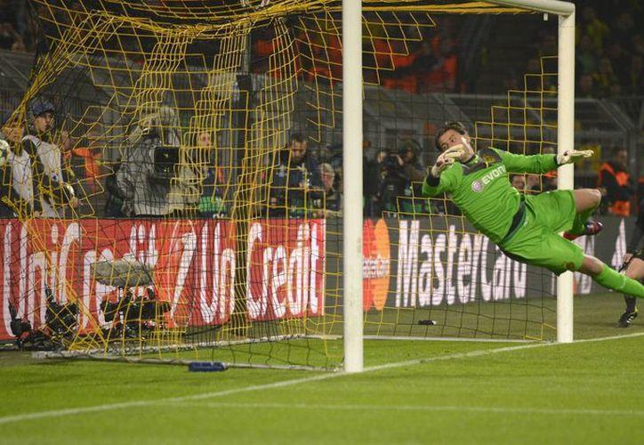 Un 'Apache' elimina a Borussia Dortmund (video)